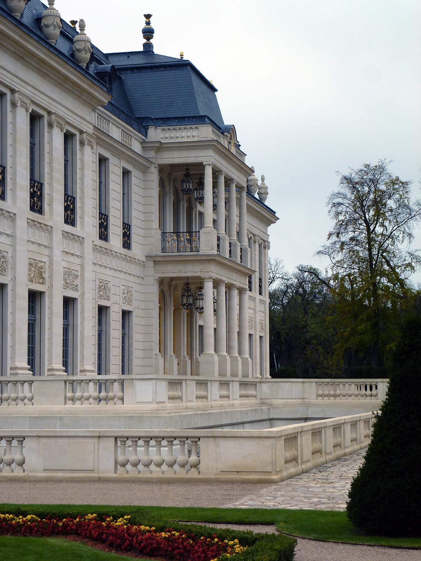Chateau Louis Xiv Uk H 201 R 200 S